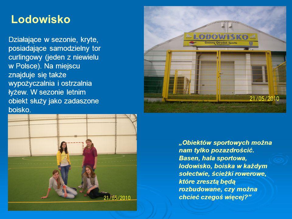 Lodowisko Działające w sezonie, kryte, posiadające samodzielny tor curlingowy (jeden z niewielu w Polsce).