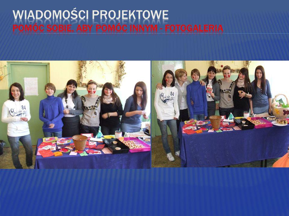  1.Iwona Wasilewska kl.I a  2.Natalia Ganczar kl.