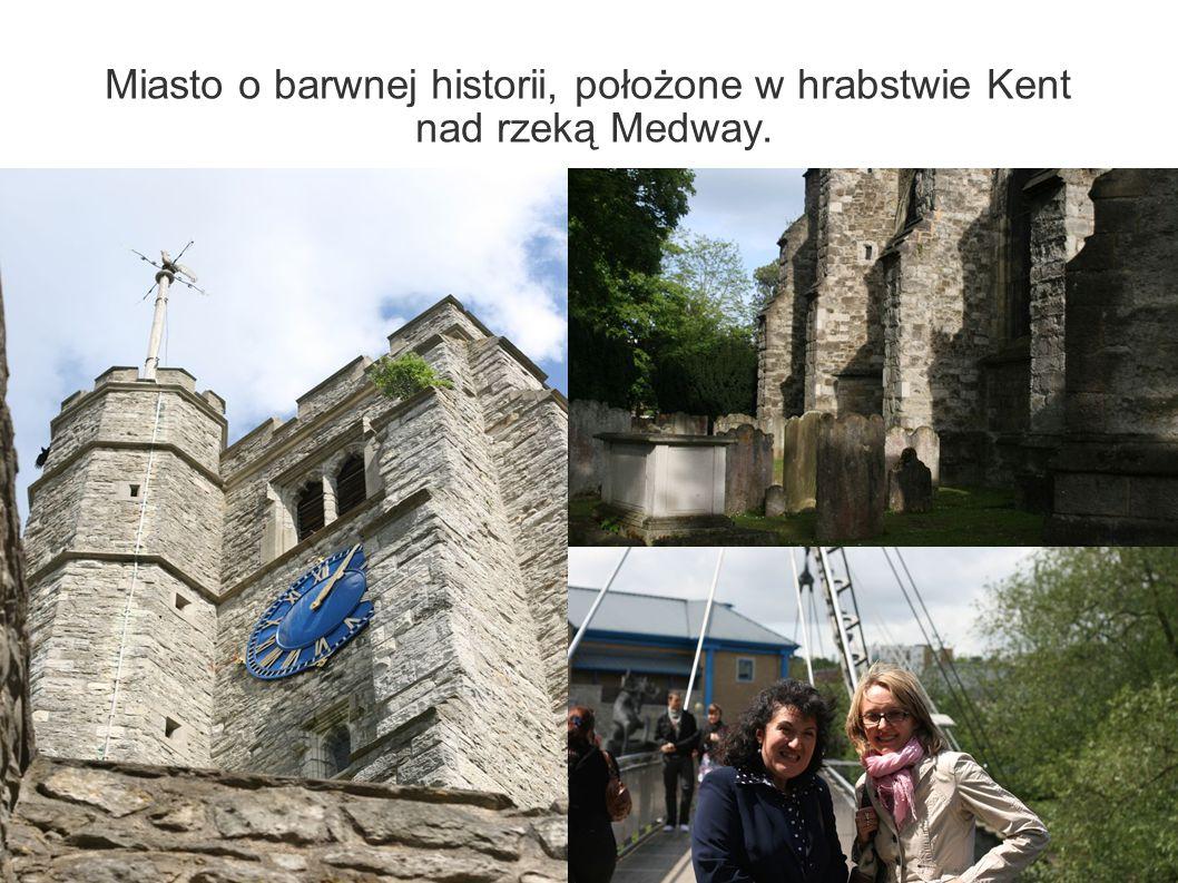 Miasto o barwnej historii, położone w hrabstwie Kent nad rzeką Medway.