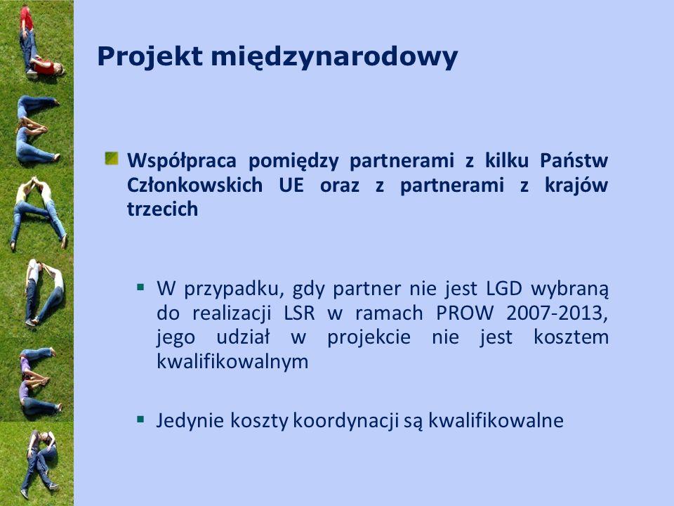 Działanie 4.2 – informacje podstawowe  Dwa rodzaje operacji:  Przygotowanie projektu współpracy  Realizacja projektu współpracy  Dwa oddzielne wnioski o przyznanie pomocy  Dwie odrębne umowy przyznania pomocy