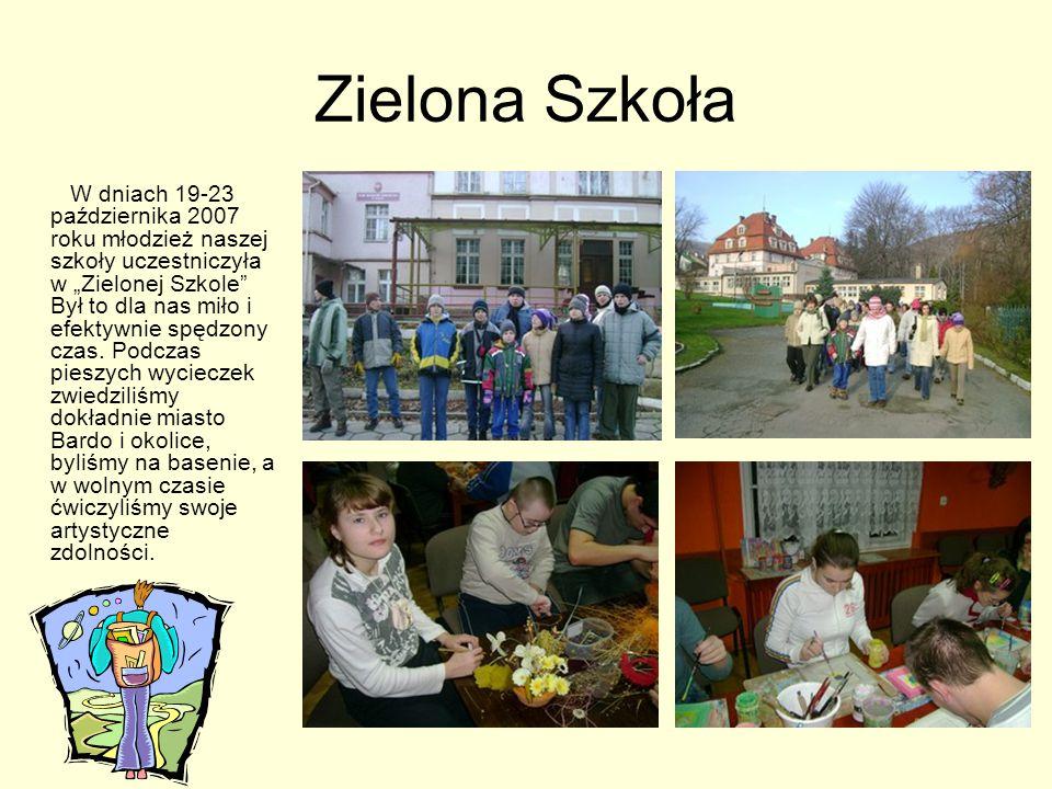 """Zielona Szkoła W dniach 19-23 października 2007 roku młodzież naszej szkoły uczestniczyła w """"Zielonej Szkole Był to dla nas miło i efektywnie spędzony czas."""