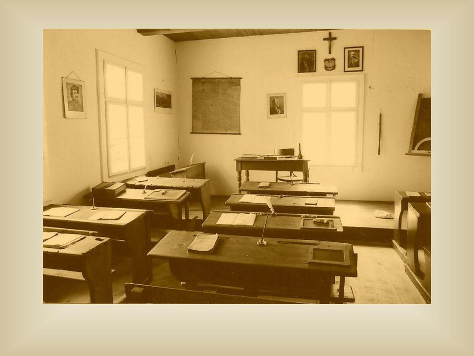 15 III 1945r.– przywrócenie nauki w częściowo wyremontowanej szkole 1 VII 1945r.