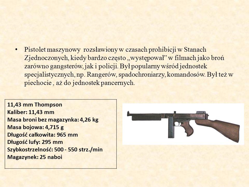 """Pistolet maszynowy rozsławiony w czasach prohibicji w Stanach Zjednoczonych, kiedy bardzo często """"występował w filmach jako broń zarówno gangsterów, jak i policji."""
