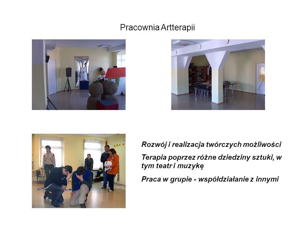 Pracownia Artterapii Rozwój i realizacja twórczych możliwości Terapia poprzez różne dziedziny sztuki, w tym teatr i muzykę Praca w grupie - współdziałanie z innymi