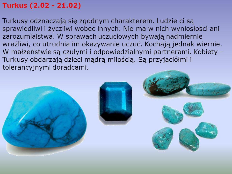MALACHIT Malachit jest rudą miedzi i często występuje w jej sąsiedztwie. To ozdobny kamień, który po oszlifowaniu ujawnia na swej powierzchni skomplik