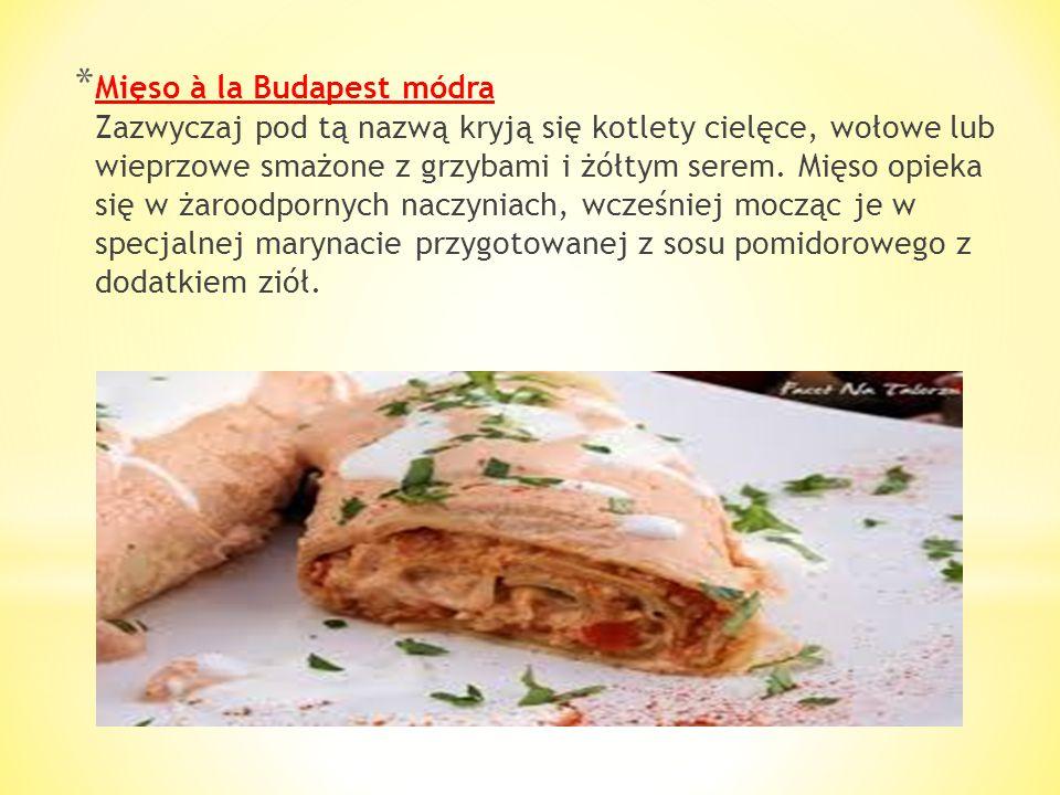 * Pörkölt Oto i prawdziwy węgierski gulasz - pokrojone na drobne kawałki mięso uduszone w sosie paprykowym z dodatkiem dużej ilości cebulki i czasem o