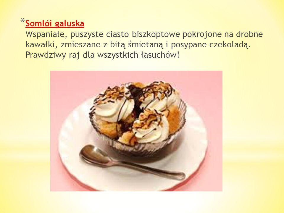 * Strucla (Vegyes Rétes) To jedno z najpopularniejszych ciast węgierskich, które znajdziemy w każdej cukierni i kawiarni. Przygotowane na bazie ciasta