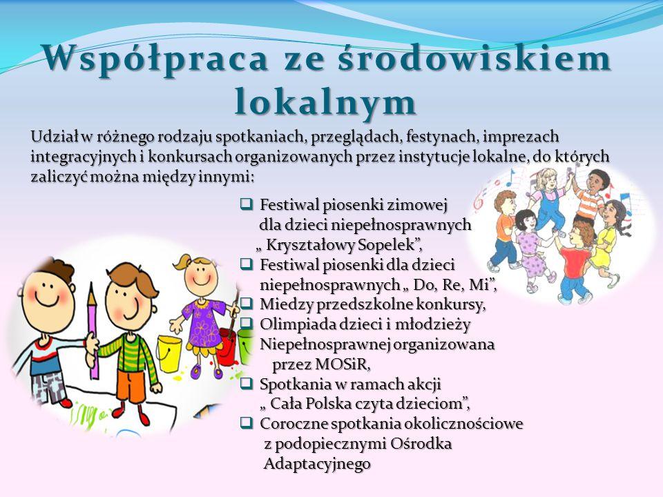 """Współpraca ze środowiskiem lokalnym  Festiwal piosenki zimowej dla dzieci niepełnosprawnych dla dzieci niepełnosprawnych """" Kryształowy Sopelek"""", """" Kr"""