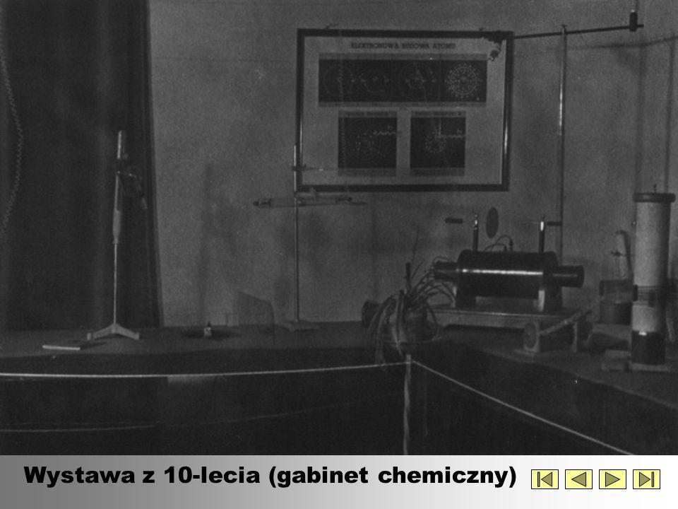 Wystawa z 10-lecia (gabinet chemiczny)