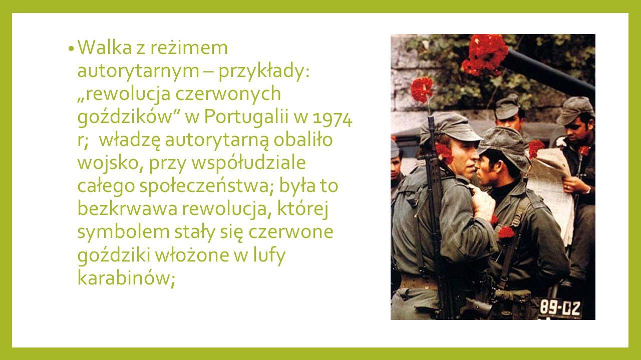 Uwarunkowania funkcjonowania społeczeństwa obywatelskiego Prawnoustrojowe – podstawy prawne (Konstytucja) Społeczne i kulturowe – tradycje demokratyczne; brak owych powoduje ciągłe konflikty między rządzącymi a obywatelami; np.: Rumunia, Litwa, Łotwa, Ukraina; Psychologiczne - postawy członków zbiorowości – postawa uczestnictwa i współodpowiedzialności; umiejętność przełamywania barier, zwieranie kompromisów, zaufanie do otoczenia społecznego; akceptacja rygoryzmu prawnego