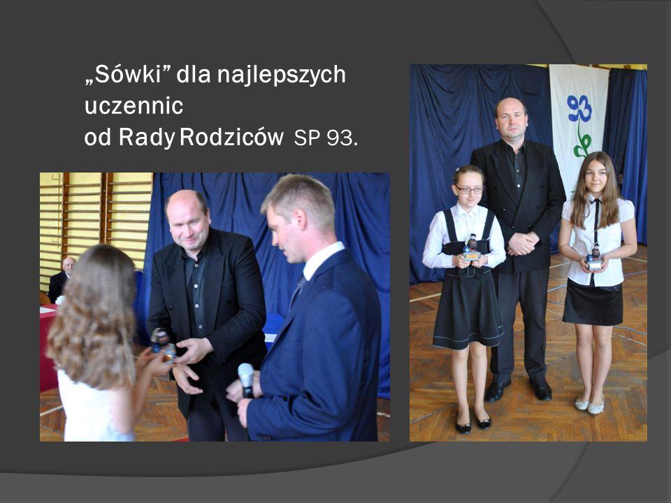 """""""Sówki"""" dla najlepszych uczennic od Rady Rodziców SP 93."""