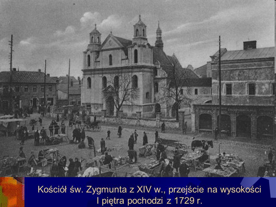 Kościół św. Zygmunta z XIV w., przejście na wysokości I piętra pochodzi z 1729 r.