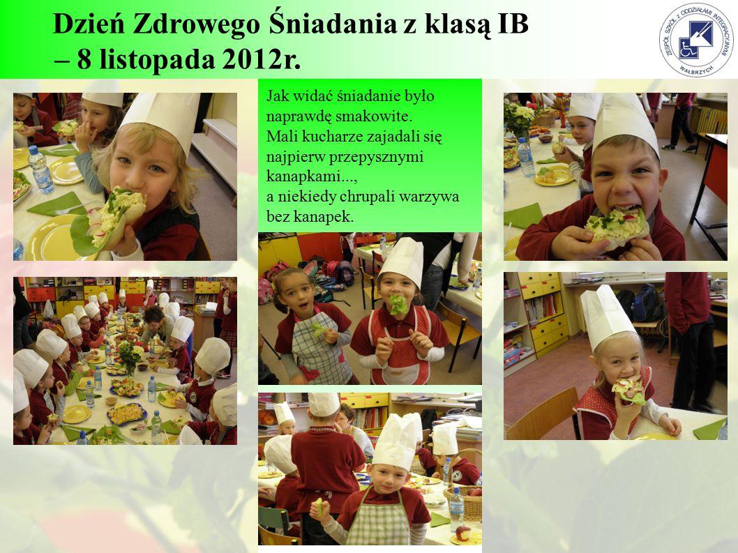 Dzień Zdrowego Śniadania z klasą IB – 8 listopada 2012r. Jak widać śniadanie było naprawdę smakowite. Mali kucharze zajadali się najpierw przepysznymi