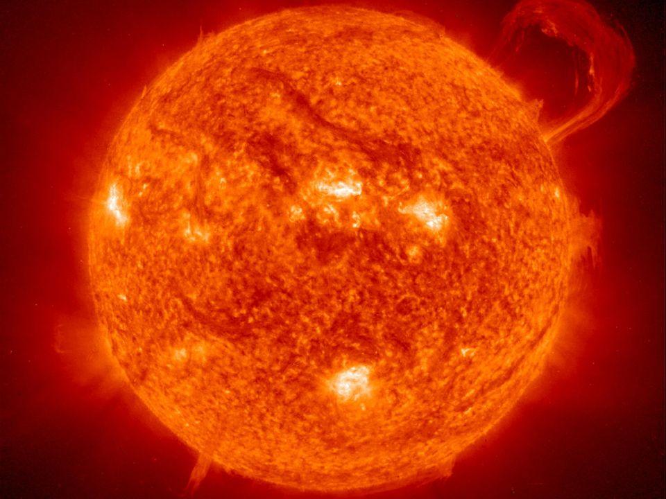 Merkury:y: Masa [kg] - 0.3302*10^24 Objętość [km^3] - 6.085*10^10 Promień równikowy [km] - 2440 Średnia gęstość [kg/m^3] - 5427 Przyspieszenie grawitacyjne przy pow.