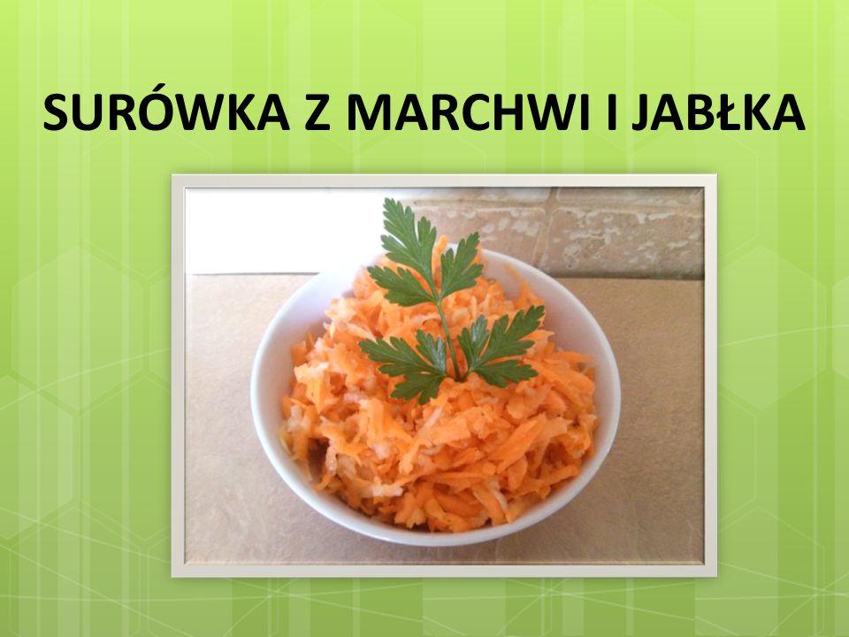 Składniki: 5 marchewek, 2 – 3 jabłka, cukier, szczypta soli, łyżka majonezu lub śmietany