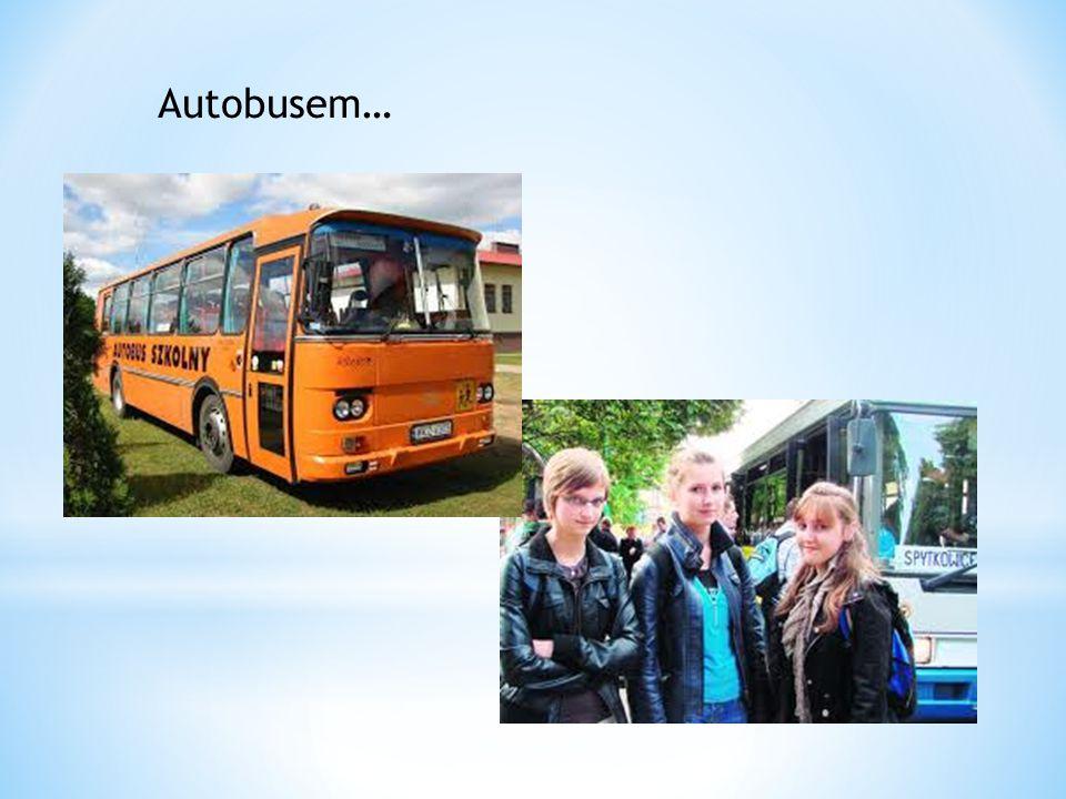 Autobusem…