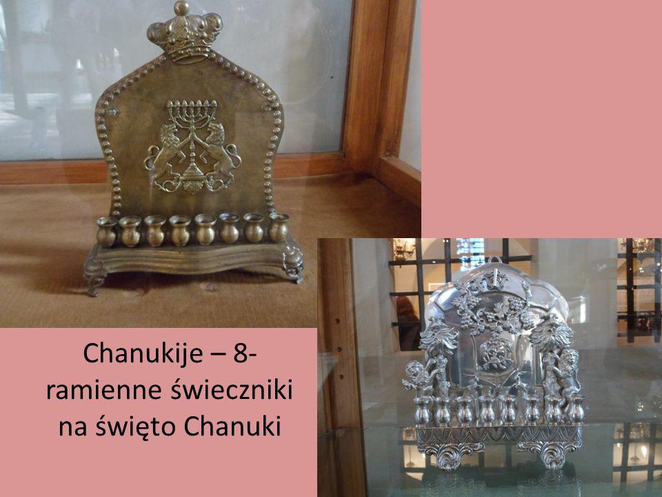 Chanukije – 8- ramienne świeczniki na święto Chanuki
