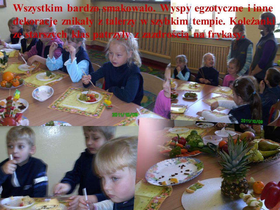 Wszystkim bardzo smakowało. Wyspy egzotyczne i inne dekoracje znikały z talerzy w szybkim tempie.