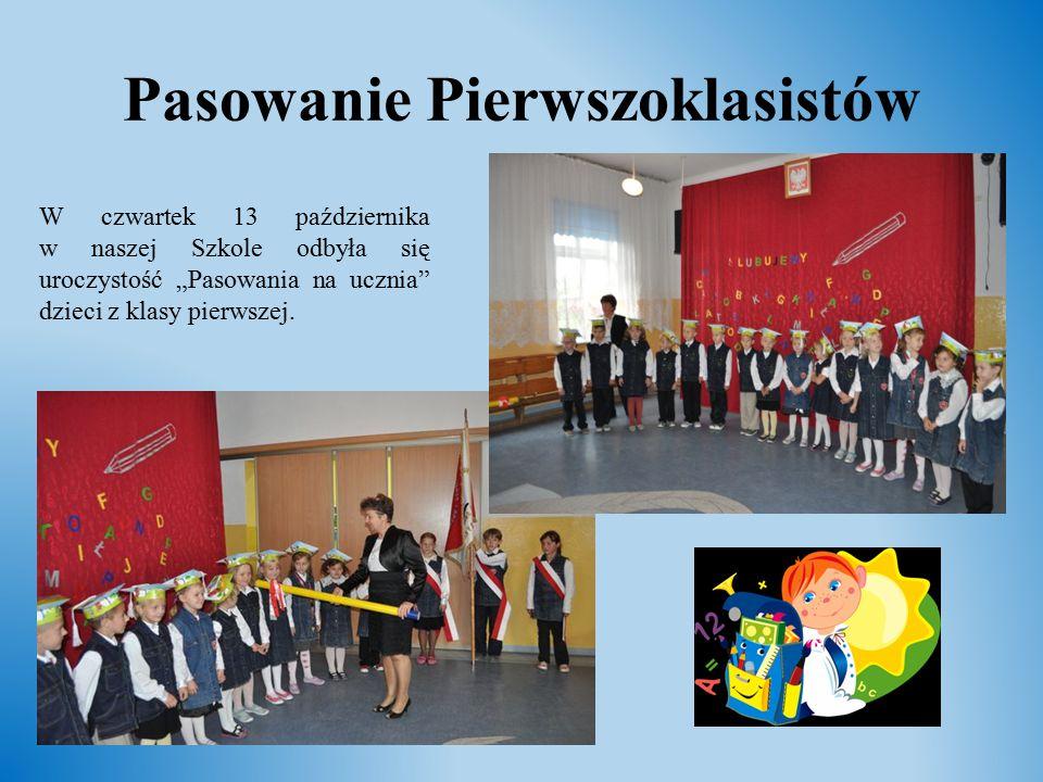 """Pasowanie Pierwszoklasistów W czwartek 13 października w naszej Szkole odbyła się uroczystość """"Pasowania na ucznia"""" dzieci z klasy pierwszej."""