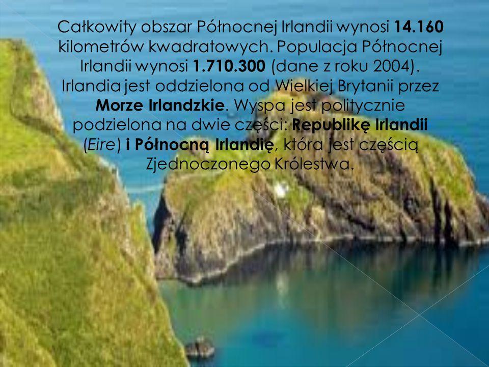 Całkowity obszar Północnej Irlandii wynosi 14.160 kilometrów kwadratowych.