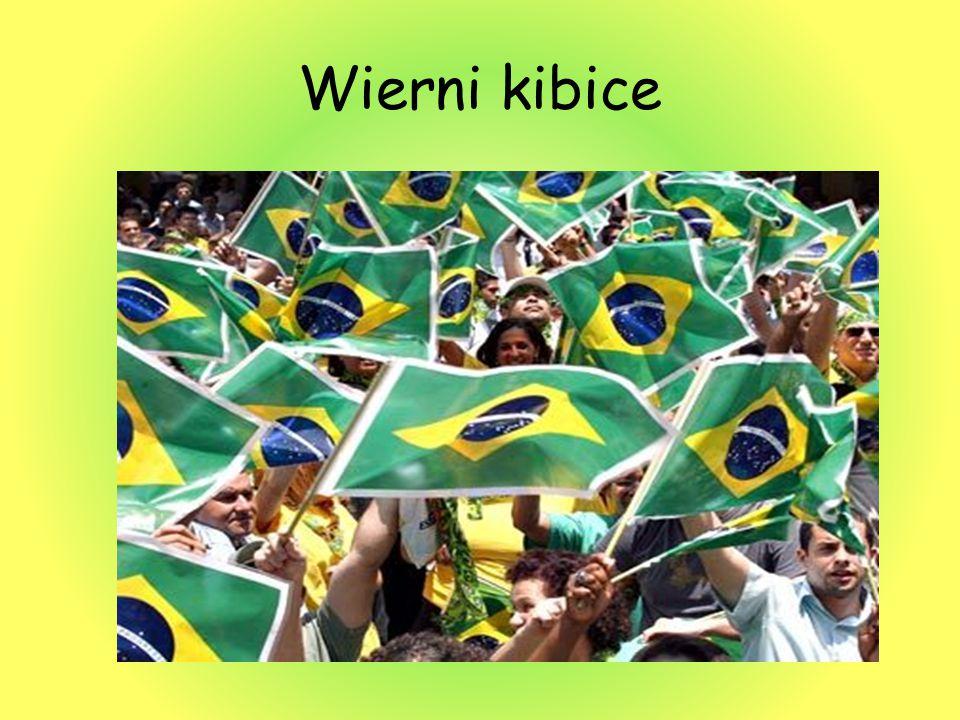 Stadion Maracanã kiedyś największy stadion piłkarski świata mogący pomieścić do około 200 tysięcy widzów.