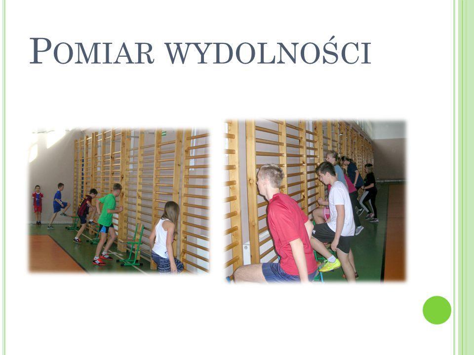 S POTKANIE I WYWIAD ZE SZKOLENIOWCAMI I PIŁKARZAMI KLUBU GKS K ATOWICE Mieliśmy przyjemność gościć w naszej szkole zawodników i trenerów z klubu piłkarskiego GKS Katowice.
