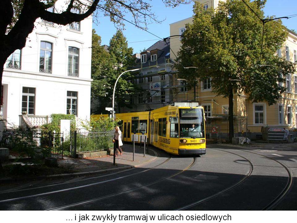 ... i jak zwykły tramwaj w ulicach osiedlowych