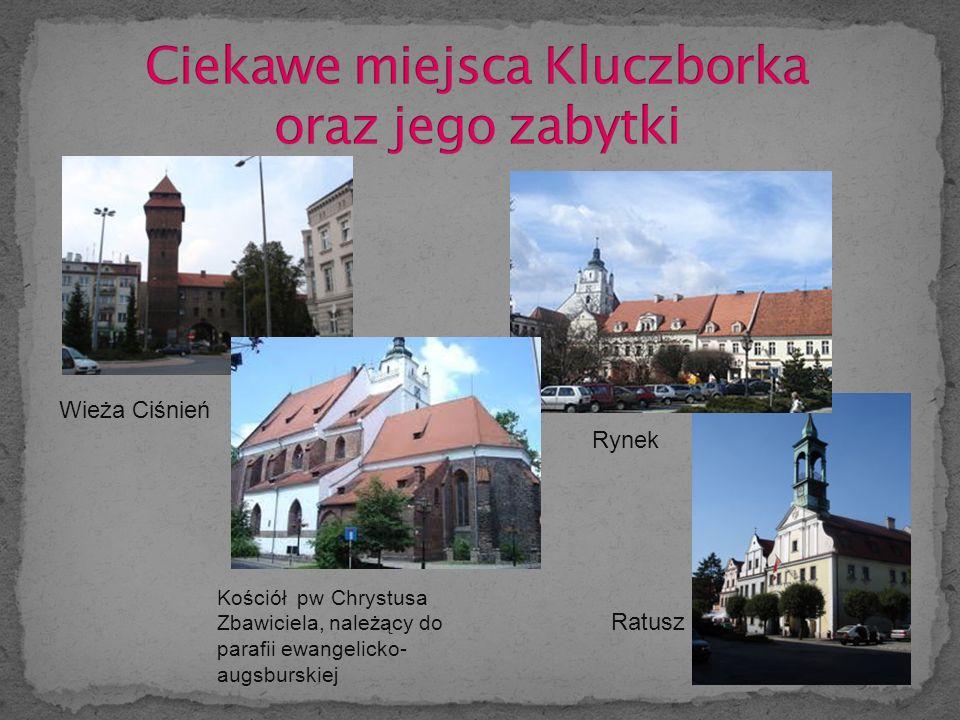 Rynek Wieża Ciśnień Kościół pw Chrystusa Zbawiciela, należący do parafii ewangelicko- augsburskiej Ratusz