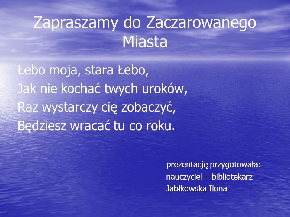 Jest takie miejsce w Polsce, gdzie słońce odbija się w srebrzystej wodzie dwóch jezior, rzeki i morza, otoczonych złotym piaskiem ruchomych wydm. info