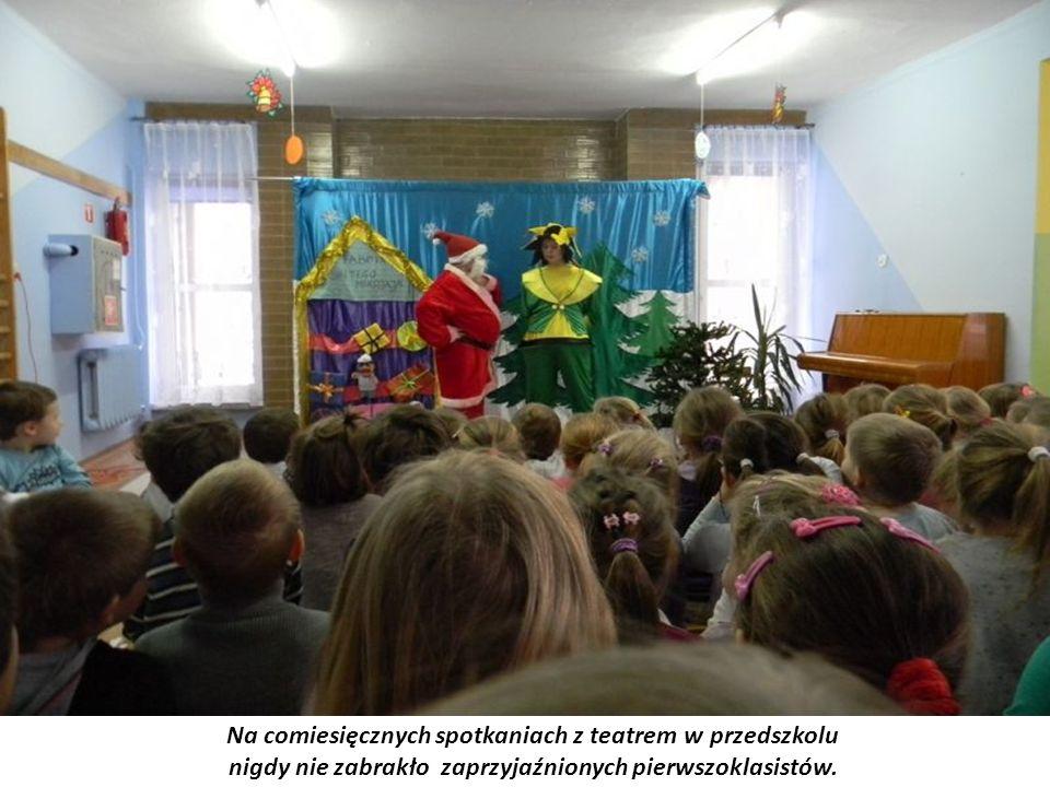 Na comiesięcznych spotkaniach z teatrem w przedszkolu nigdy nie zabrakło zaprzyjaźnionych pierwszoklasistów.