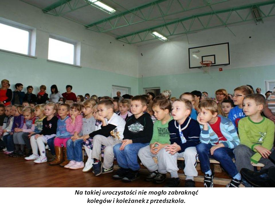Na takiej uroczystości nie mogło zabraknąć kolegów i koleżanek z przedszkola.