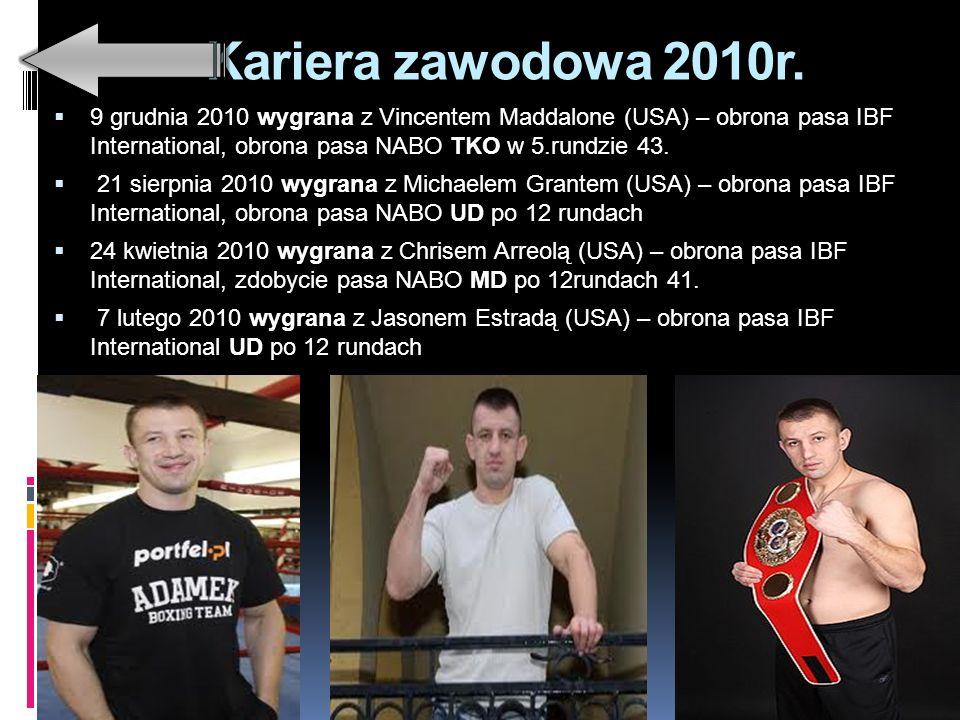 Waga ciężka 18 października 2009 roku Adamek oficjalnie zrzekł się mistrzowskiego tytułu IBF, aby przejść do wyższej kategorii wagowej i walczyć przeciwko Andrzejowi Gołocie o interkontynentalny pas IBF w wadze ciężkiej.