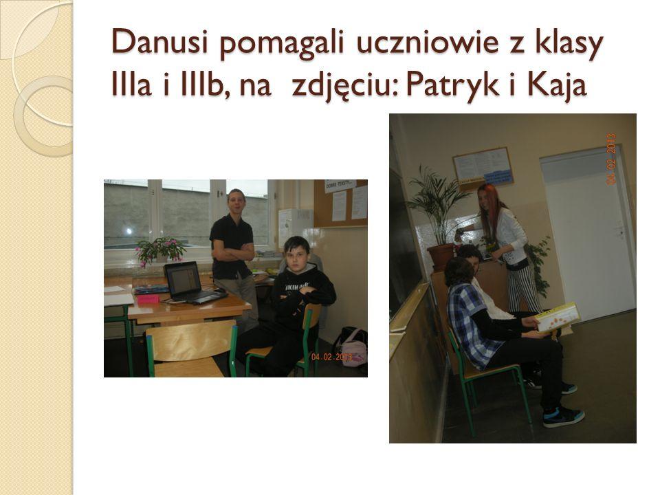Danusi pomagali uczniowie z klasy IIIa i IIIb, na zdjęciu: Patryk i Kaja