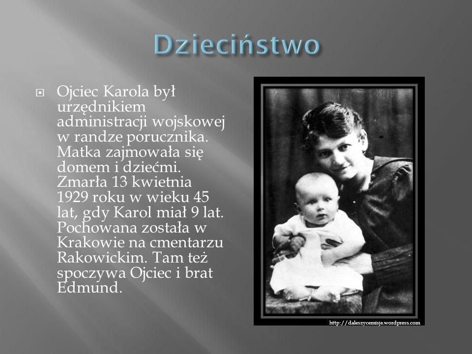 Ojciec Karola był urzędnikiem administracji wojskowej w randze porucznika. Matka zajmowała się domem i dziećmi. Zmarła 13 kwietnia 1929 roku w wieku 4