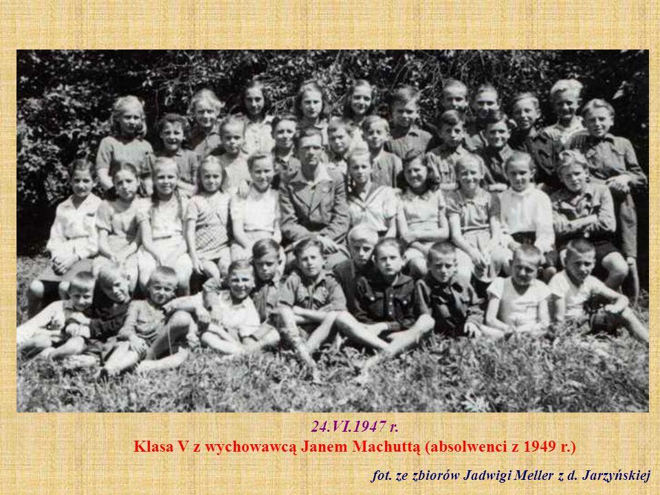 1949 r.Klasa II - I komunia św.