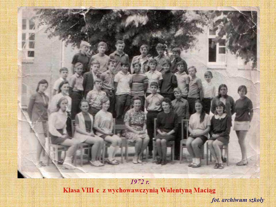 1973 r. Klasa VIII b fot. ze zbioru Reginy Staszak