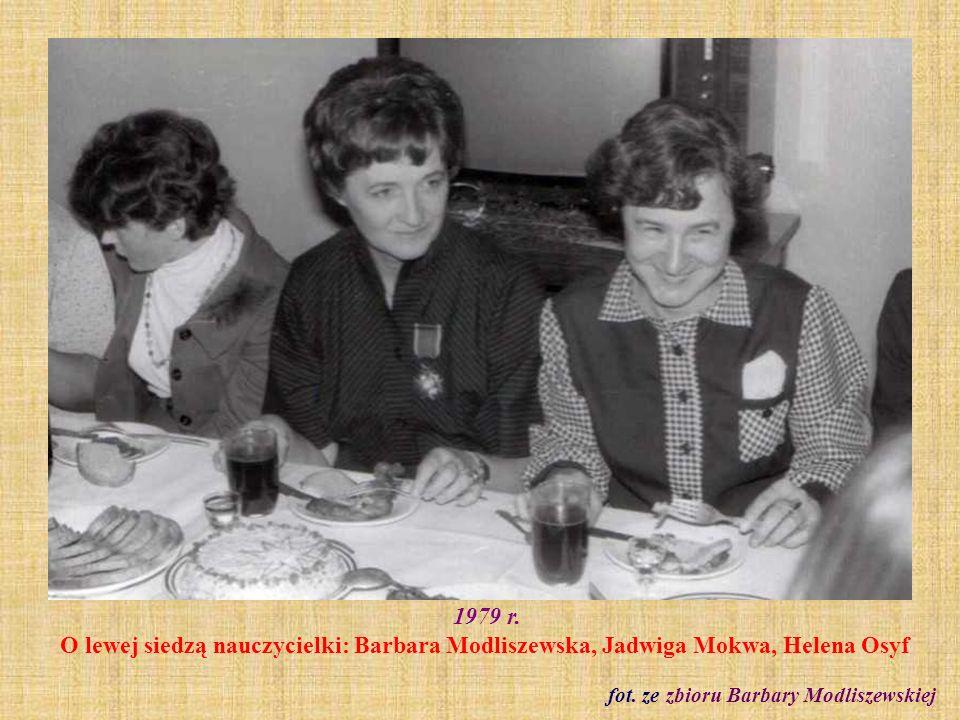1980 r. Wycieczka do Warszawy kl. VII b fot. ze zbioru Barbary Modliszewskiej