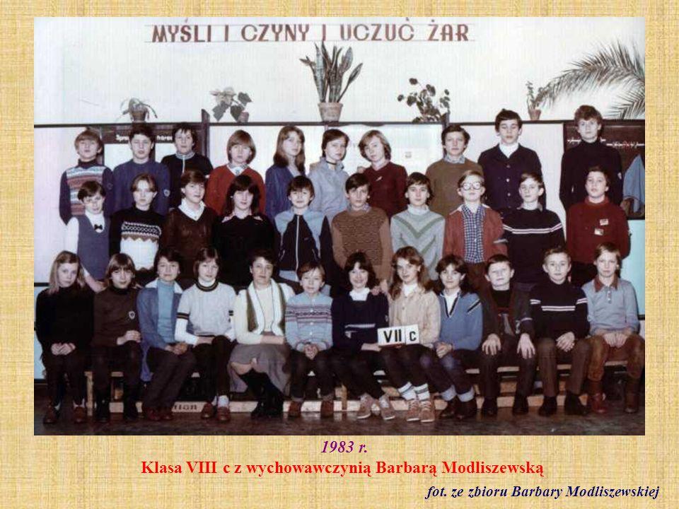 1983 r. Klasa VII a fot. ze zbioru Haliny Frelek
