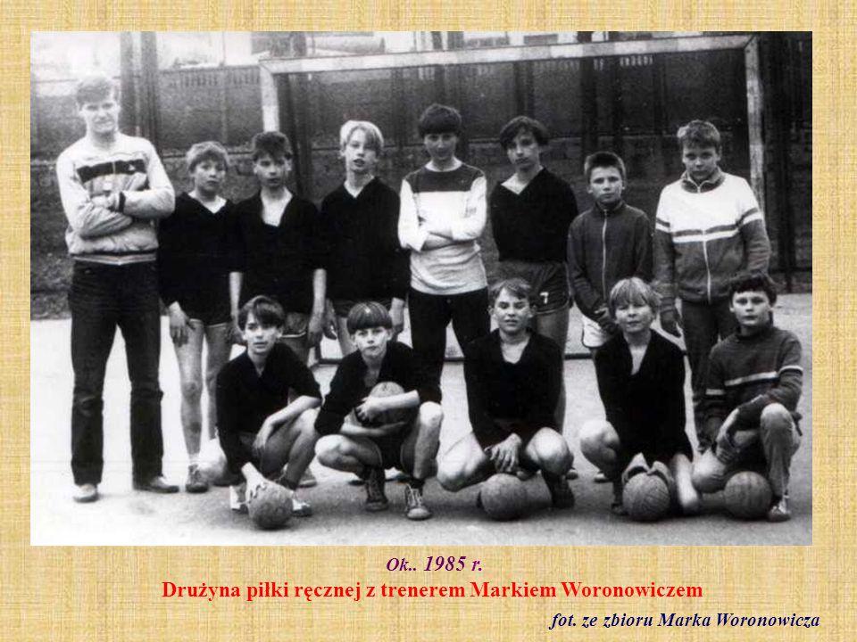 Maj 1987 r. Wycieczka do Malborka klasy I a fot. ze zbioru Haliny Gorki