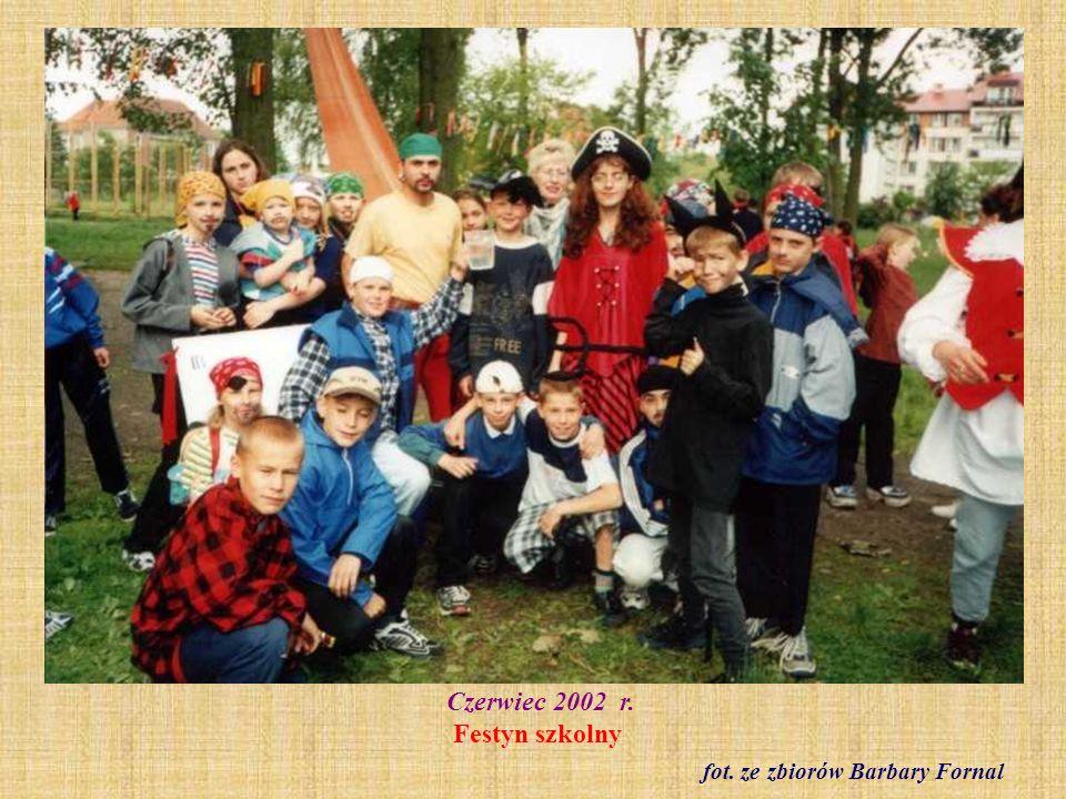 30 kwietnia 2004 r. Uroczyste uruchomienie Zegara Europejskiego po renowacji fot. archiwum szkolne