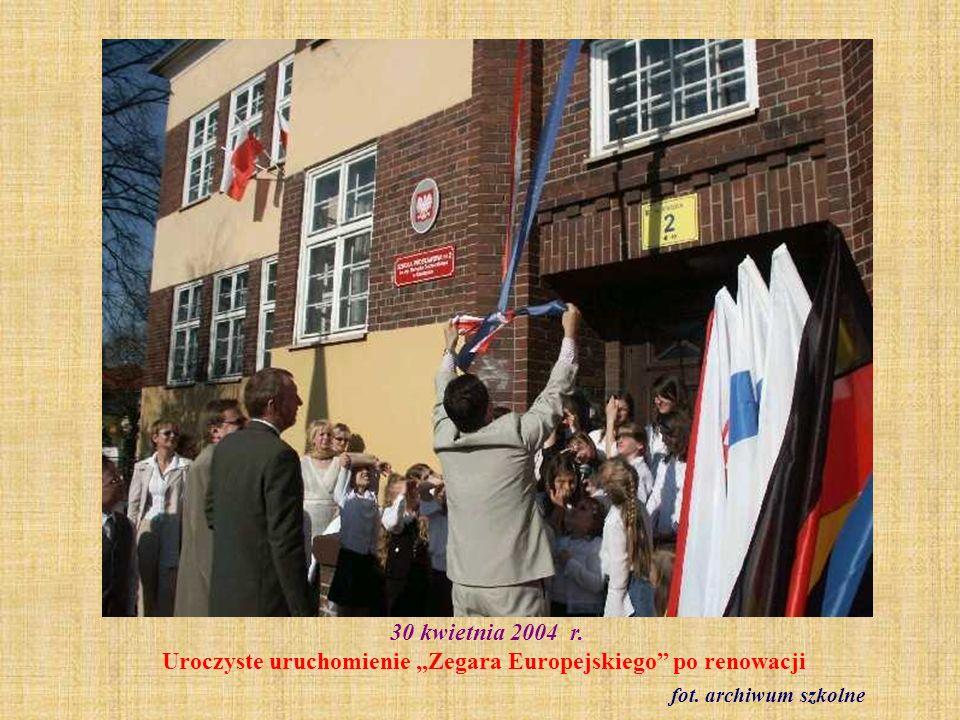 11 czerwca 2004 r. Praga. Wizyta nauczycieli SP 2 w czeskiej szkole fot. archiwum szkolne