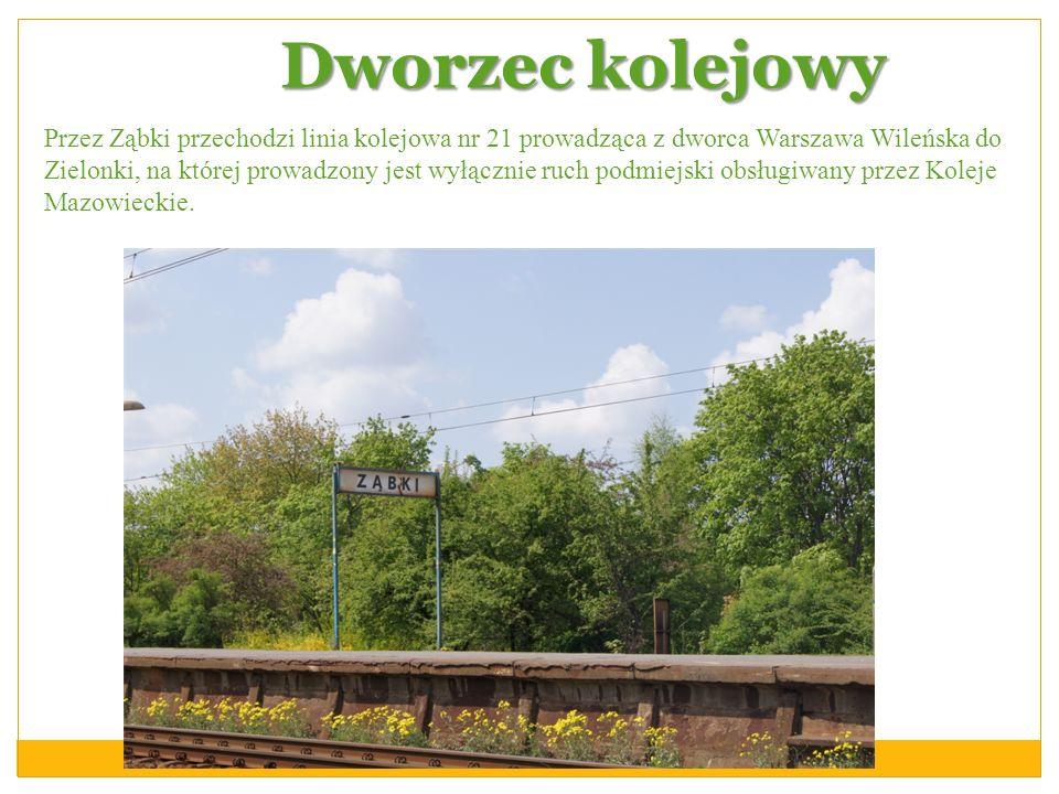 Dworzec kolejowy Przez Ząbki przechodzi linia kolejowa nr 21 prowadząca z dworca Warszawa Wileńska do Zielonki, na której prowadzony jest wyłącznie ru