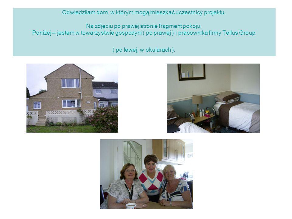Odwiedziłam dom, w którym mogą mieszkać uczestnicy projektu. Na zdjęciu po prawej stronie fragment pokoju. Poniżej – jestem w towarzystwie gospodyni (