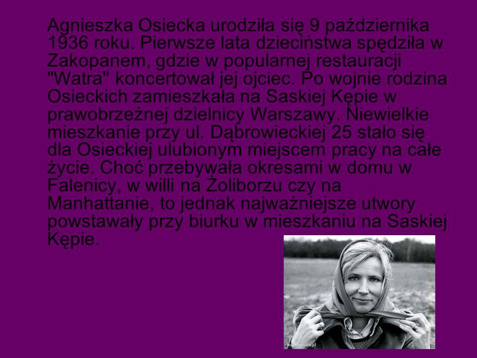 Agnieszka Osiecka urodziła się 9 października 1936 roku.