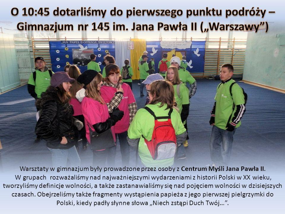Warsztaty w gimnazjum były prowadzone przez osoby z Centrum Myśli Jana Pawła II. W grupach rozważaliśmy nad najważniejszymi wydarzeniami z historii Po