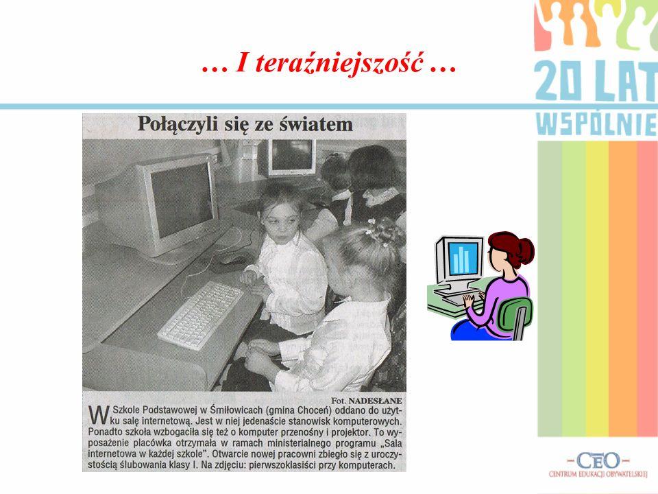 … Jedziemy do szkoły … -Dawniej dzieci były dowożone zimą do szkoły w Śmiłowicach ciągnikiem z tzw.