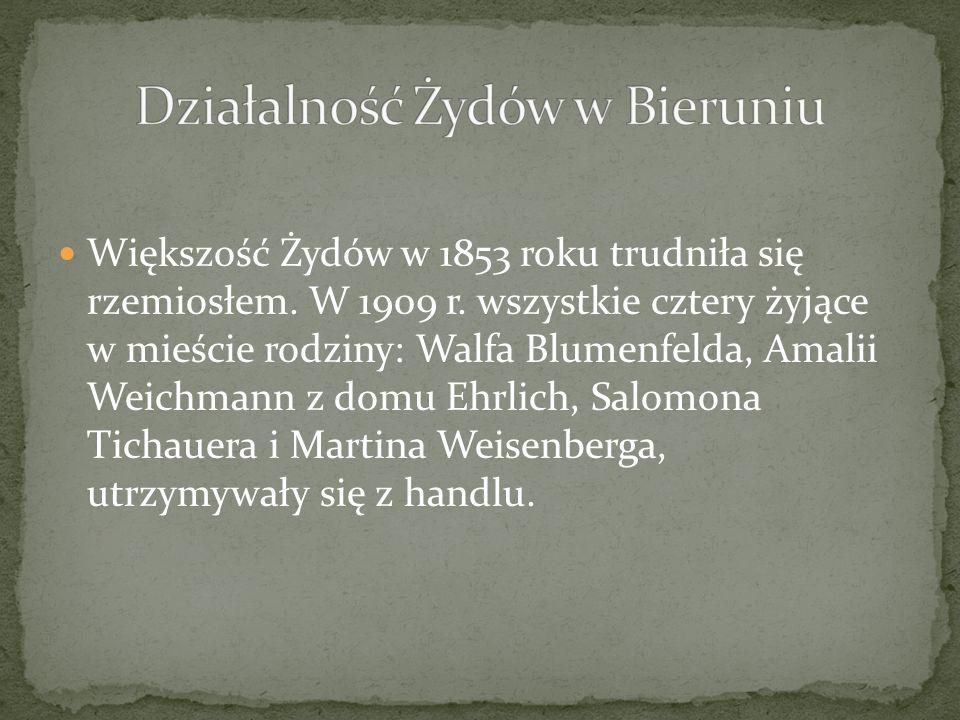 Większość Żydów w 1853 roku trudniła się rzemiosłem. W 1909 r. wszystkie cztery żyjące w mieście rodziny: Walfa Blumenfelda, Amalii Weichmann z domu E
