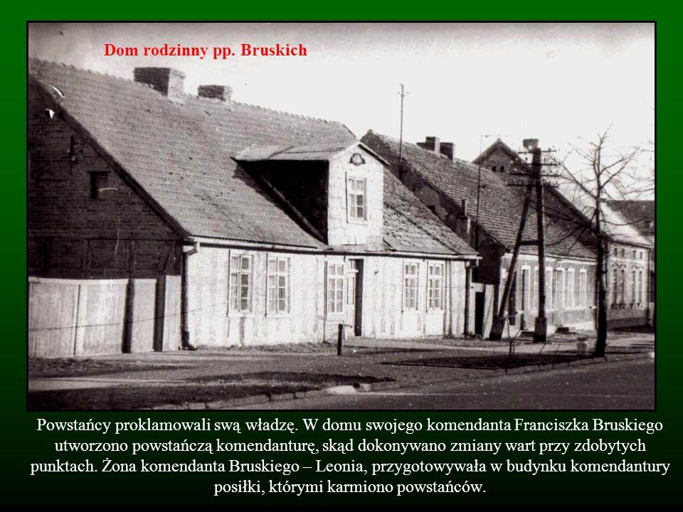 Powstańcy proklamowali swą władzę. W domu swojego komendanta Franciszka Bruskiego utworzono powstańczą komendanturę, skąd dokonywano zmiany wart przy