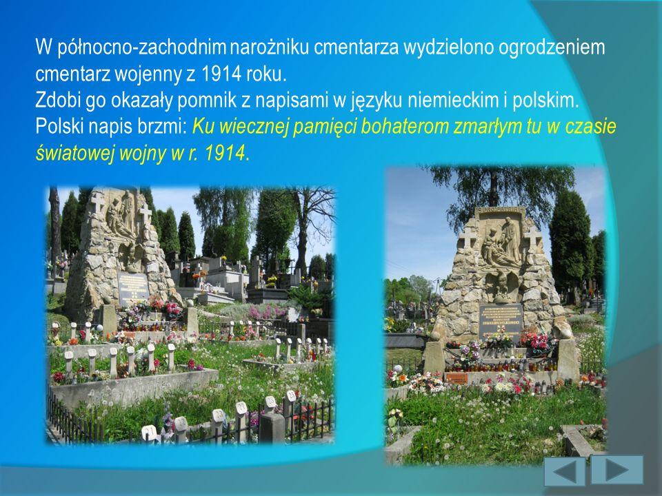 W północno-zachodnim narożniku cmentarza wydzielono ogrodzeniem cmentarz wojenny z 1914 roku. Zdobi go okazały pomnik z napisami w języku niemieckim i