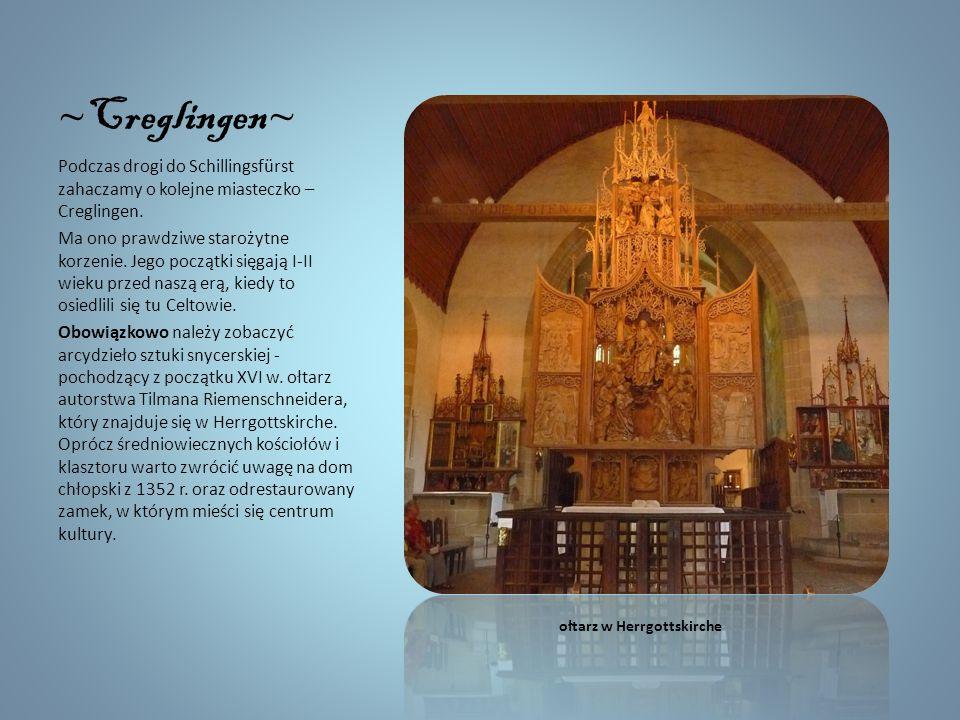 Röttingen Szczególną atrakcją miasta jest około dwukilometrowy szlak zegarów słonecznych (można na nim zobaczyć 25 czasomierzy). Ale miejscowość przyc